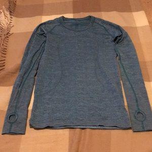 Lululemon turquoise blue run swiftly size 4